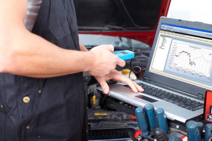 Aggiornamento EPROM e controllo errori centralina Auto